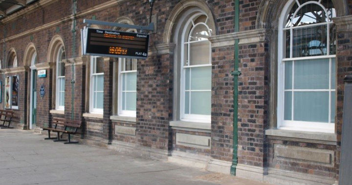 Sash window restoration at Chester Railway Station